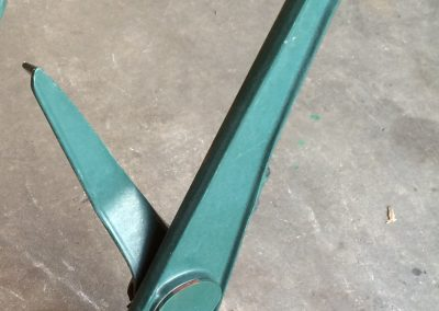 Dark Green Floor-Mount Leg