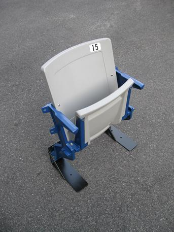 505 Single Riser Seat With Gray Plastics and Blue Legs