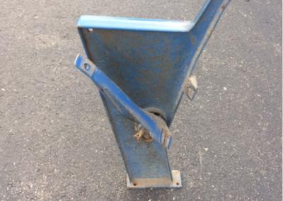 American Seating floor mount leg 4400 end